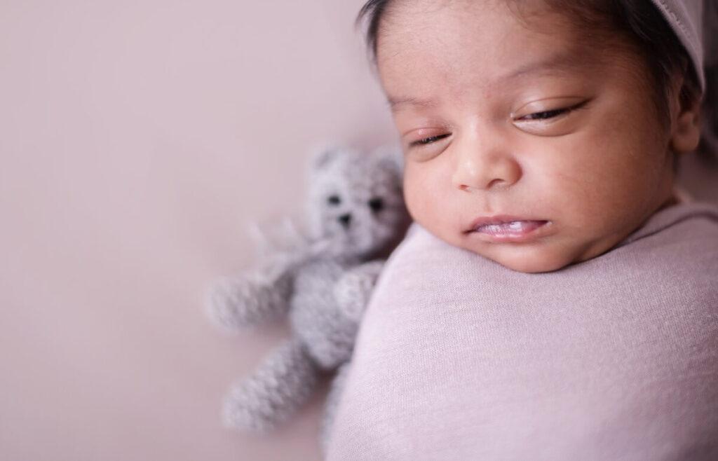 Just Born Newborn New Born Baby child girl boy freelance Photographer for babies kids edenvale johannesburg gauteng south africa 20